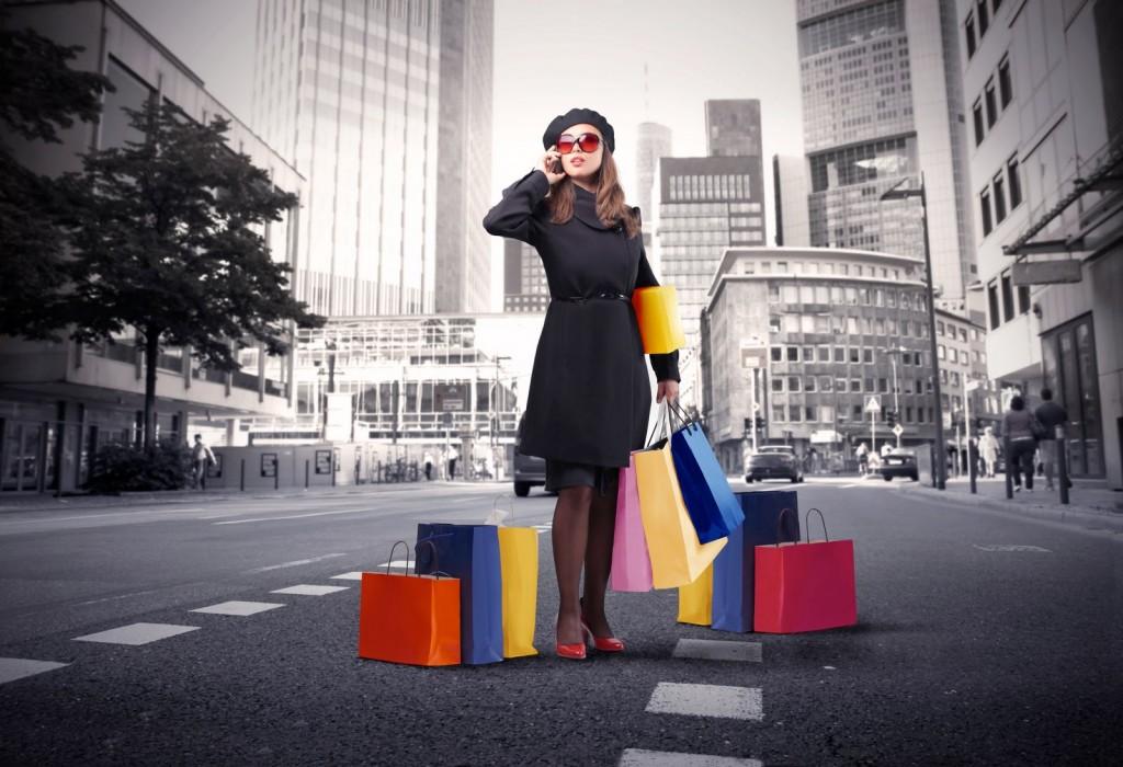 women-shopping