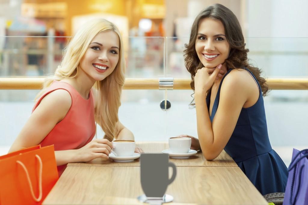 women-in-cafe-break-from-shopping