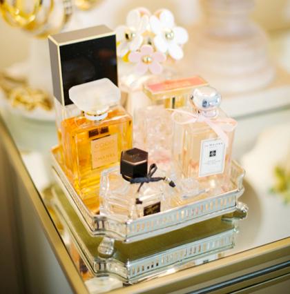 display-perfume-resized-600